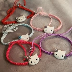 Adorb adjustable Hello Kittyish bracelet